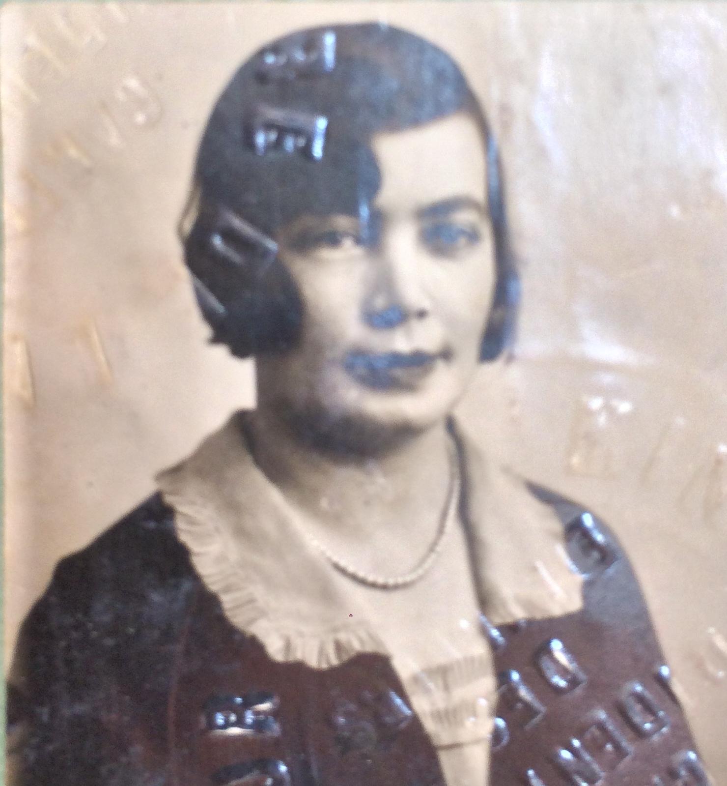 Esther BROUDO 1933 [ADLA 4M931]