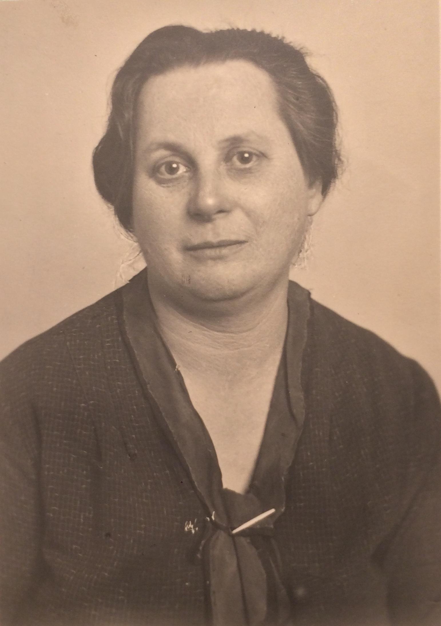 Hudi BARDACH juin 1938 [AN  19940434/0086 ]