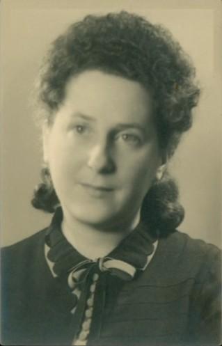Aline SCHARAPAN