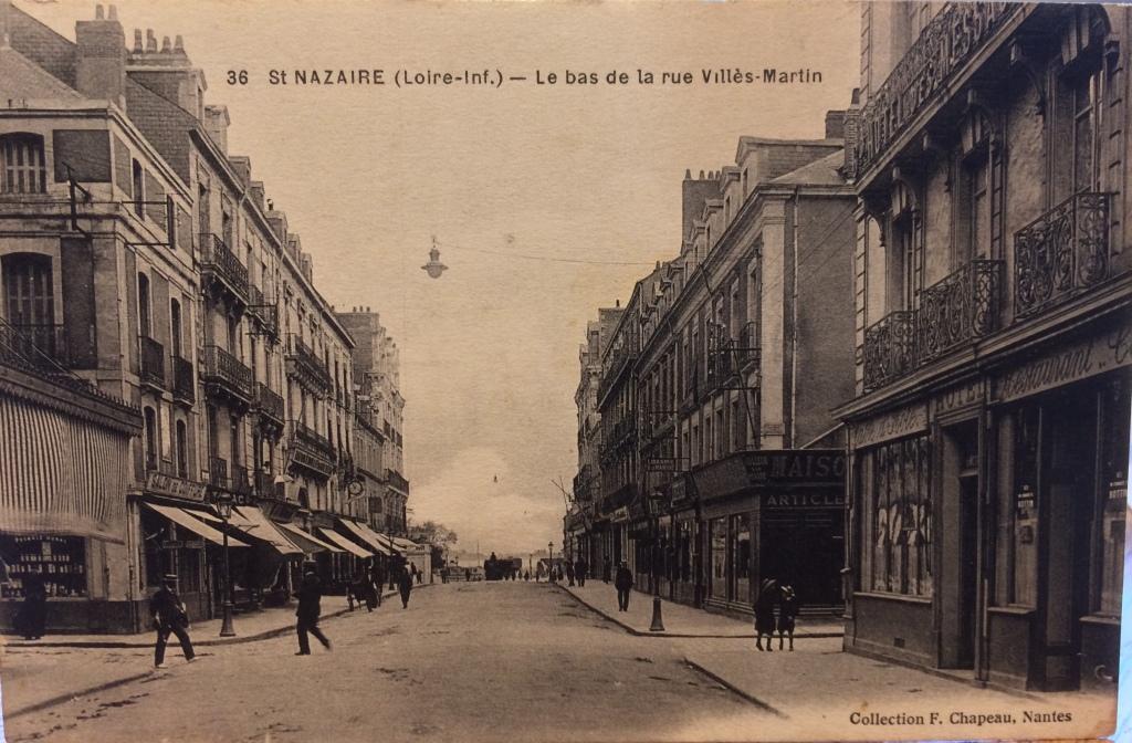 Maison Modèle angle Rue des Quatre-Vents/Rue Villès-Martin © collection particulière Patrick Pauvert La boutique est à droite [Maison... Articles...]