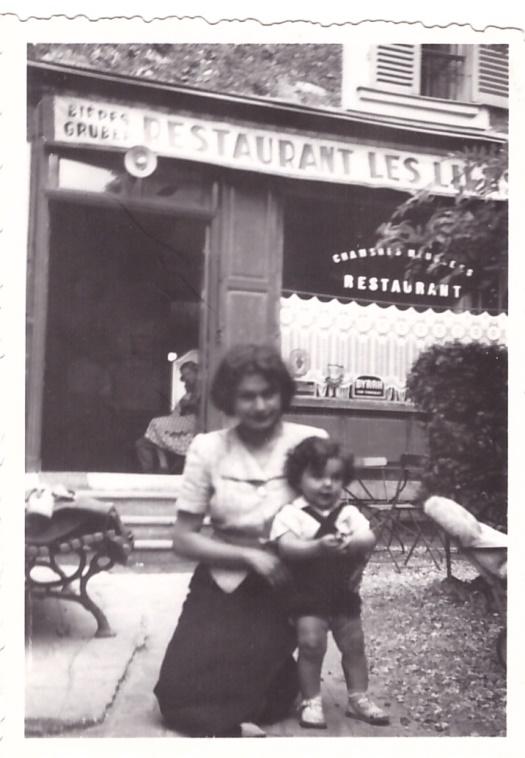 Ruth et Anja SCHAUL 1939